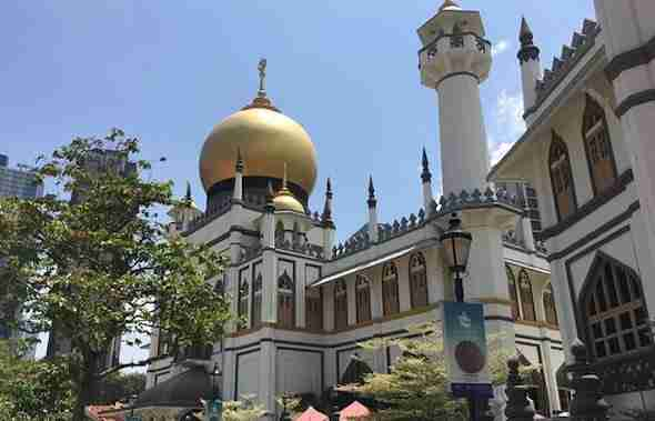 Sultan Mosque | Singapore Travel Guide