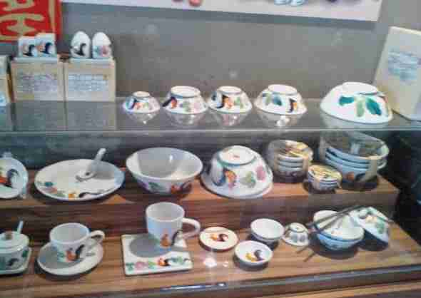 Pottery in shop at Dhanabadee Ceramic Museum