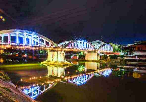 Ratsadapisek Bridge in Lampang